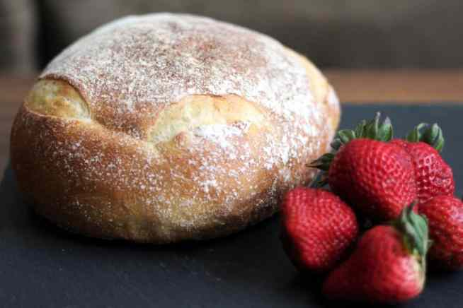 bread and berries