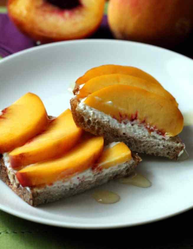 ricotta-peach-toast-4