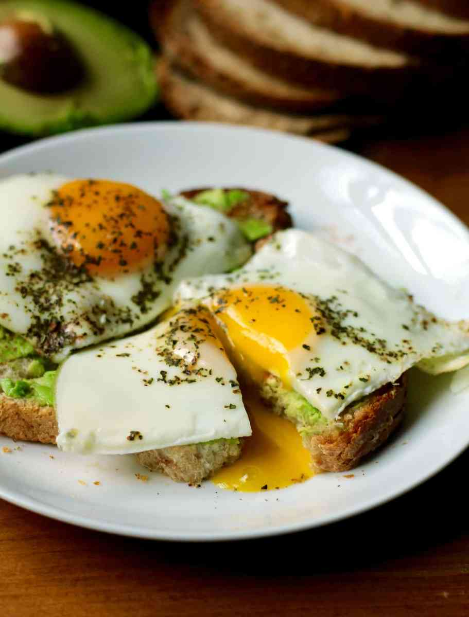 Simple Basted Eggs | The Healthy Toast
