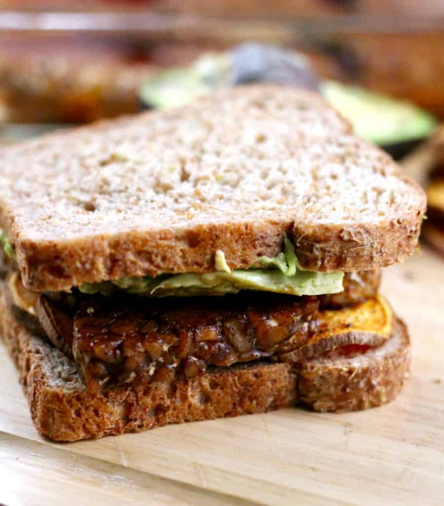Sweet and spicy tempeh sweet potato sandwich