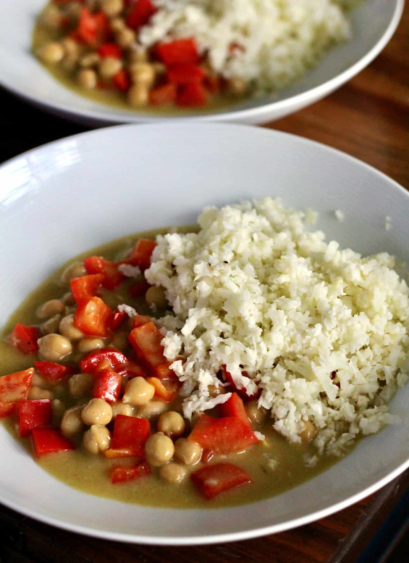 Simple Chickpea Curry with Cauliflower Rice