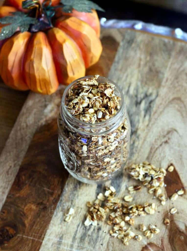 Pumpkin spice granola in mason jar