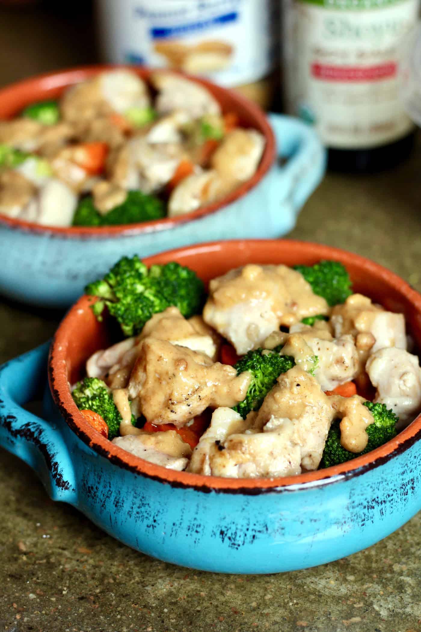 Healthy Thai Chicken Bowls with Peanut Sauce