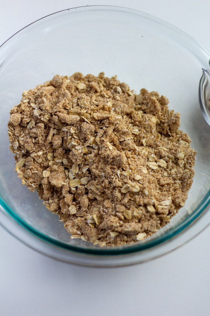 Oatmeal crumble for healthier strawberry rhubarb crisp