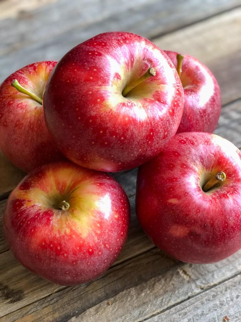 Pumpkin Spiced Applesauce (No Added Sugar)