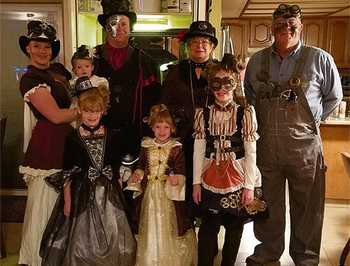 The Aplanalp family put forth a united Steampunk front from oldest to youngest.