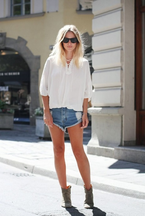 How to Wear Short Boots Jean Shorts and Short Boots
