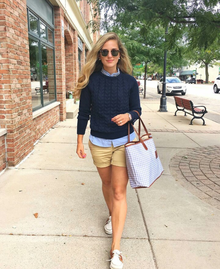 cute outfits with boat shoes and shorts