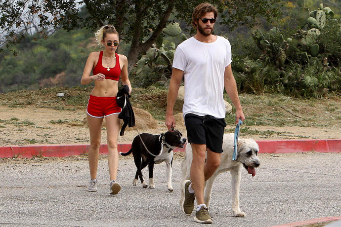 Fashionable hiking outfits Miley Cyrus and Liam Hemsworth