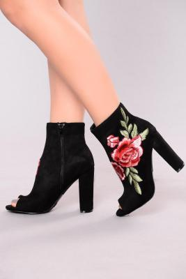 Fashion Nova Coupon Code shoes