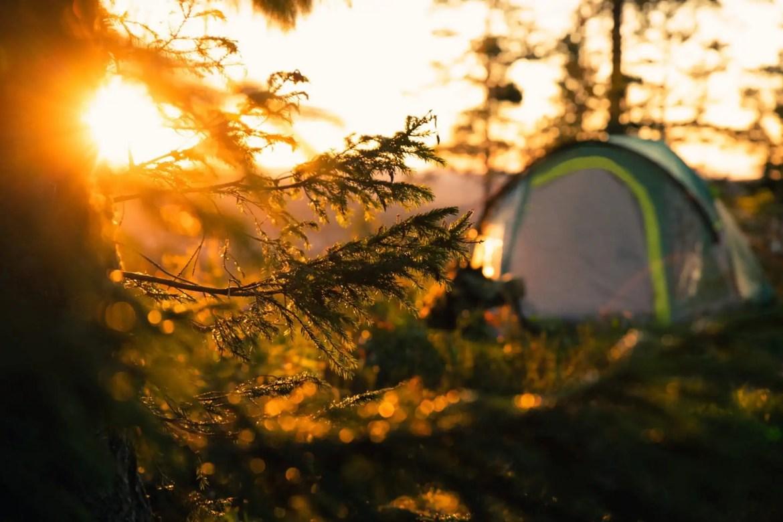 Slapen in een tent schuilplaats