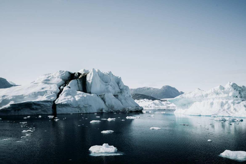Groenland ijs in oceaan