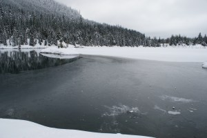 Gold Creek Pond, frozen water, winter hiking