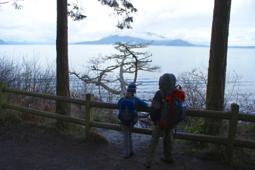 puget sound, washington park, anacortes, hiking with kids, children in nature