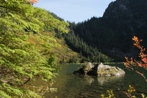 heather lake, mountain loop highway, fall hikes with kids