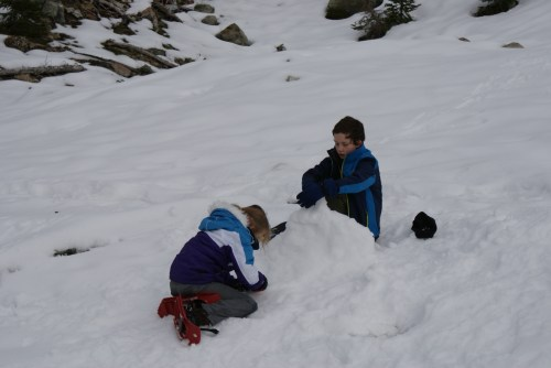 hiking with children, snow play, MSR Tykker snowshoes, Ingalls Pass Trail