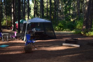 camping, Metolius, Sisters, Central Oregon, camping with children, coleman bug shelter