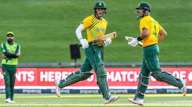 Linde and Markram help SA pull level