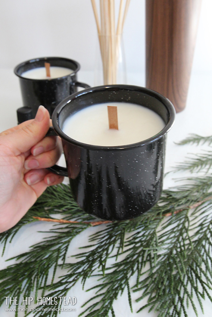 How to Make Enamel Mug Candles - The Hip Homestead