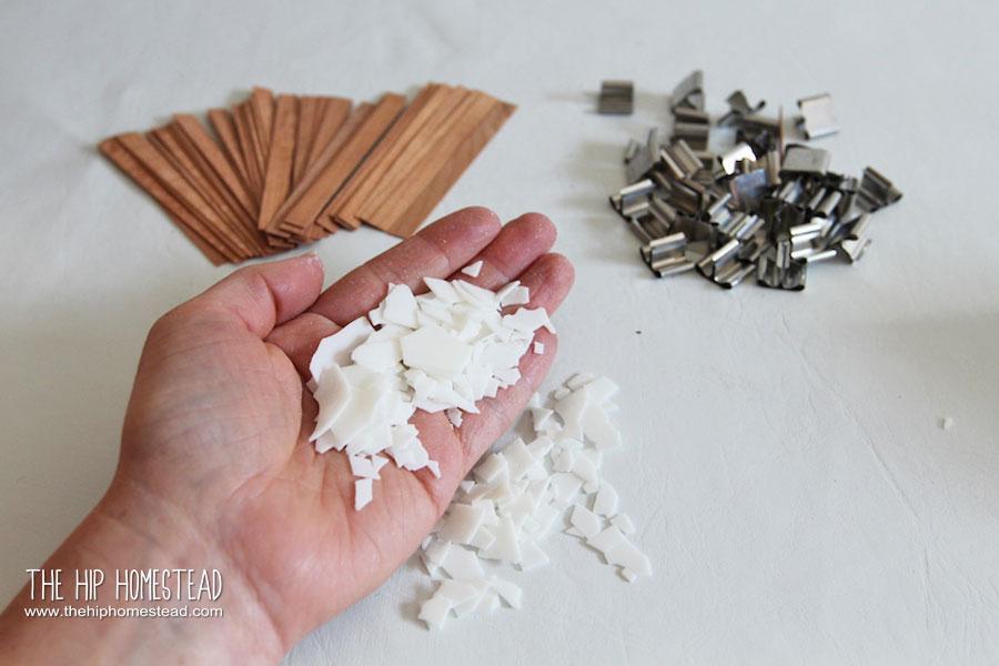How to Make Enamel Mug Candles - The Hip Homestead