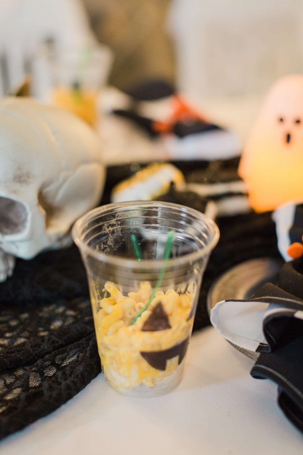 Grain-Free Halloween Jack-O-Lantern Mac 'N Cheese // Kid-Friendly Recipe // www.thehisfor.com