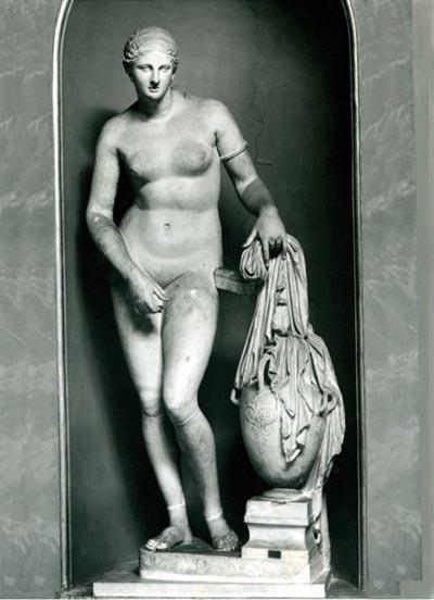 Vénus de Colona, cópia de Afrodite de Cnido de Praxíteles, Museu do Vaticano
