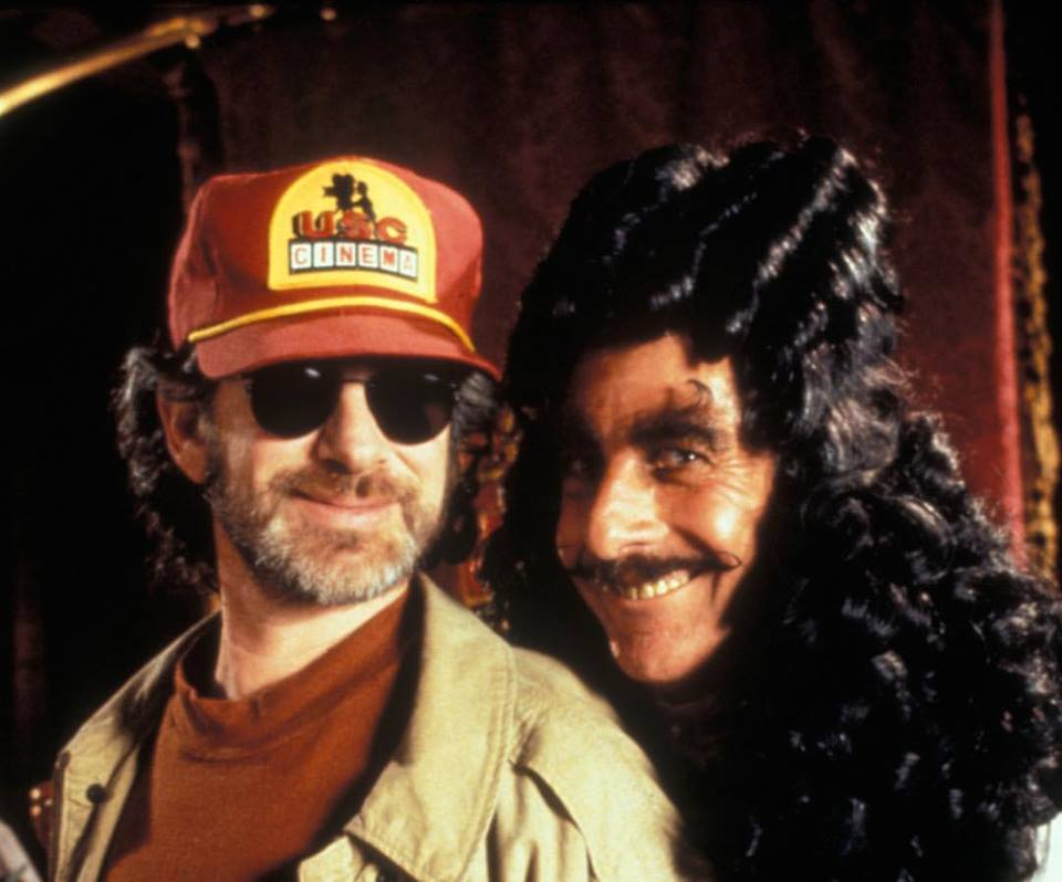 Steven Spielberg and Dustin Hoffman on the set of