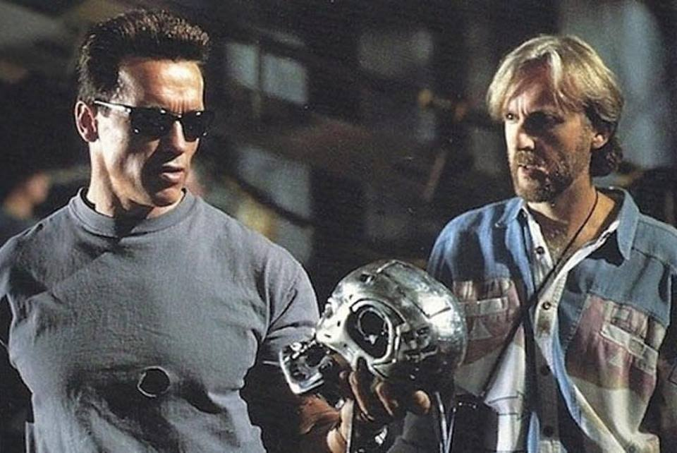 Behind the scenes: Arnold Schwarzenegger and James Cameron while shooting