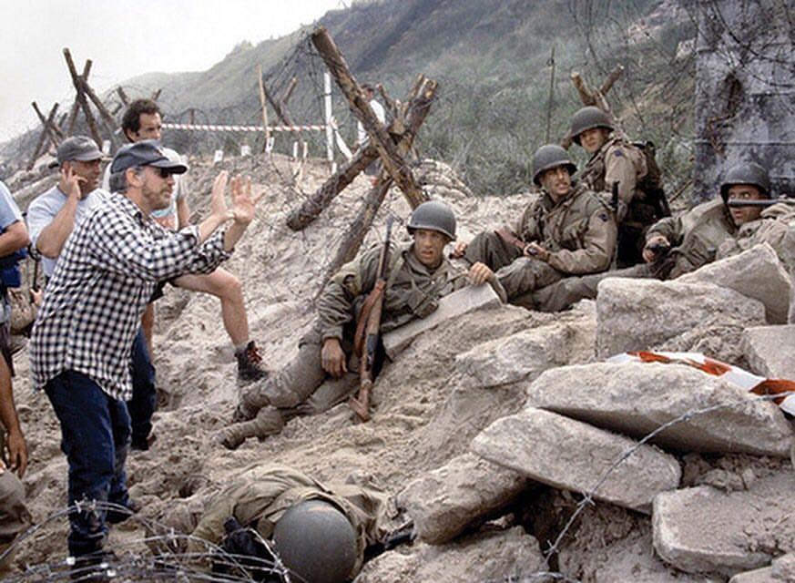 Steven Spielberg behind the scenes of