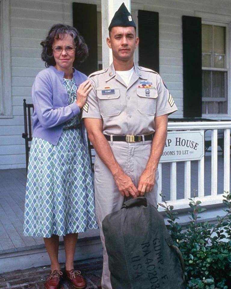 Tom Hanks & Sally Fields in 'Forrest Gump'(1994)