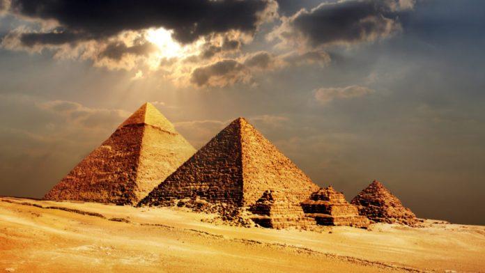 pyramid-egypt-seven-wonders