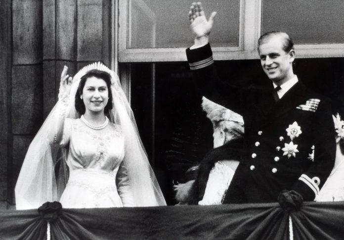 queen-elizabeth-prince-philip-wedding-day, 1947