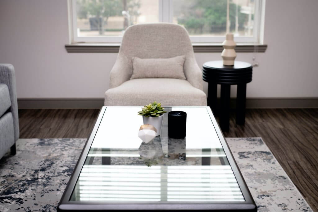 5 coffee table ideas for small living