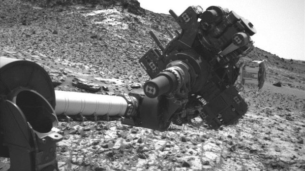 NASA Mars Curiosity Rover back to WORK after short circuit