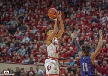 Rob Phinisee is back to his normal self as he leads balanced offensive attack
