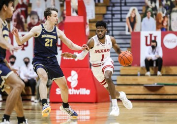 Michigan's size is too much to handle as the Hoosiers drop third game in a row