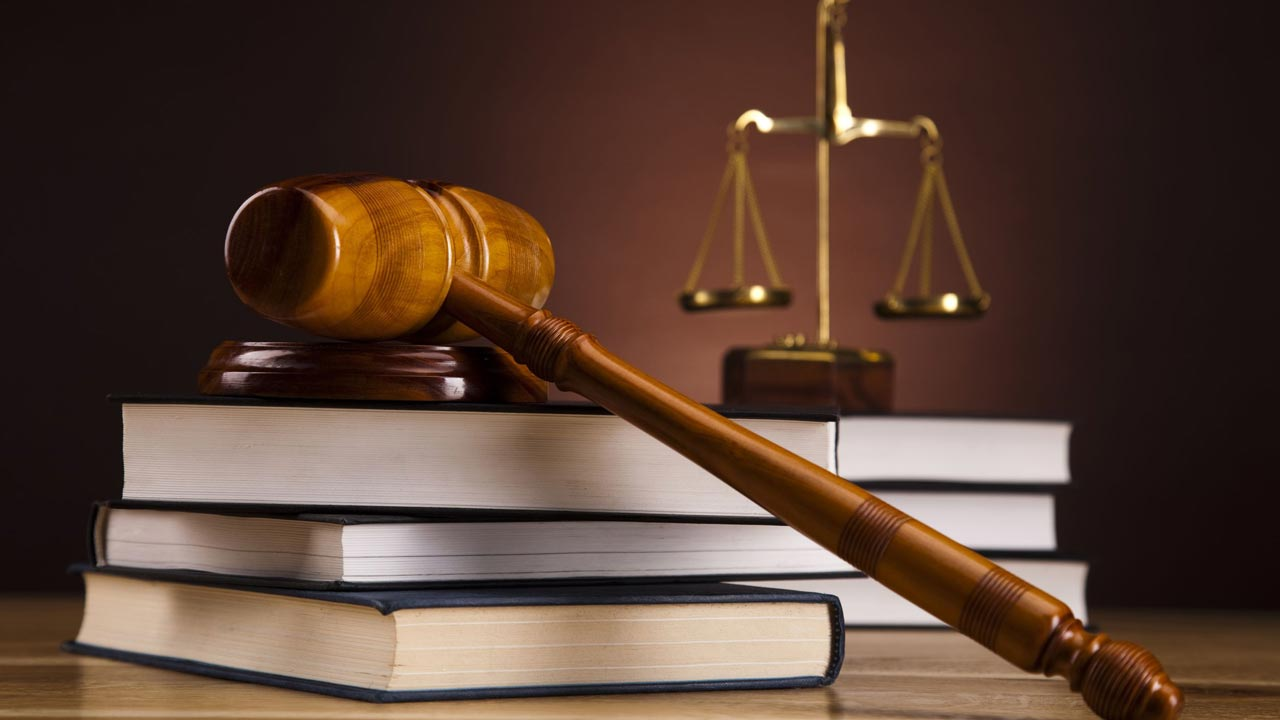 Court strikes out robbery case over complainants' absence