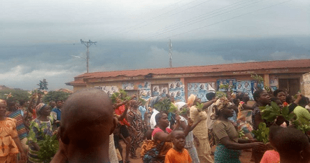Residents chase Ekiti monarch out of palace over cultism