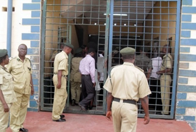 Ondo Prisons boss calls for inmates assistance