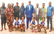 Ondo Badminton chair, gives cash prizes to NYG medalists