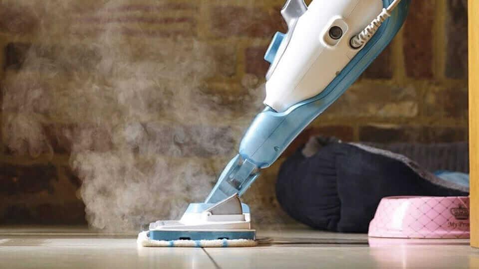 steam-mop-use