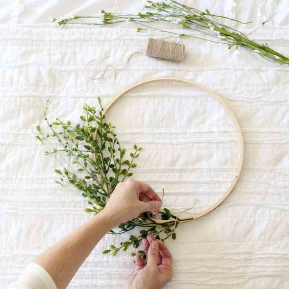Embroidery Hoop Wreath from Cotton Stem - January Wreath Ideas