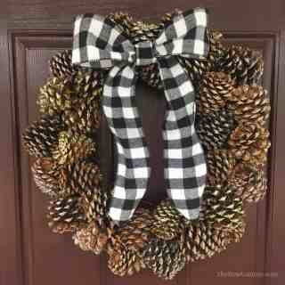 Farmhouse Pinecone Wreath DIY