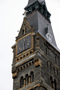 DANIEL SMITH/THE HOYA This morning the university replaced the hands on the Healy clock.