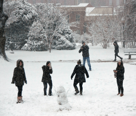 ISABEL BINAMIRA/THE HOYA A snow day was called at 4:35 a.m. Thursday, cancelling classes. The decision propelled into action snow removal and instructional continuity plans.