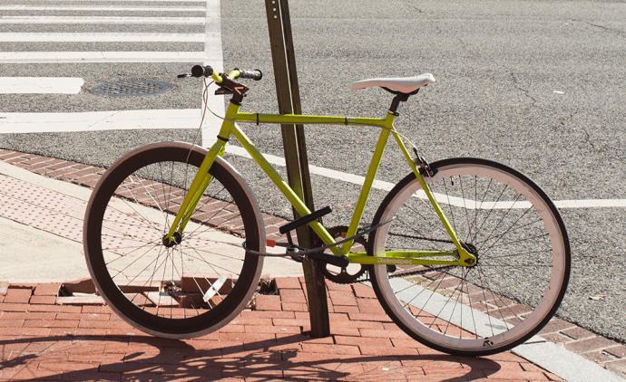 DAN KREYTAK FOR THE HOYA A joint effort between multiple university offices, including the Office of Sustainability, HoyaCycle launched Sept. 25 and provides 10 bikes for rental to students
