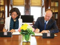 GEORGETOWN UNIVERSITY University President John J. DeGioia and Executive Chairman Ana Botín signed a $2 million agreement with Santander Group on the field of social economy in 2015, pictured above.