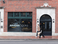 ANNE STONECIPHER FOR THE HOYA The tech giant Amazon is set to open a brick-and-mortar bookstore on M Street. Developers have yet to announce an opening date.