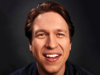 "PETE HOLMES | In his HBO comedy ""Crashing,"" based on his own comedic career, Pete Holmes, above, portrayed the ups and downs of trying to make it big in an uninviting industry. Holmes hopes other comedians will find comfort in seeing his own failures on the way to success."