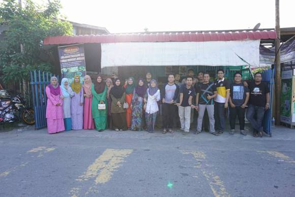 Our raya team, from daylight